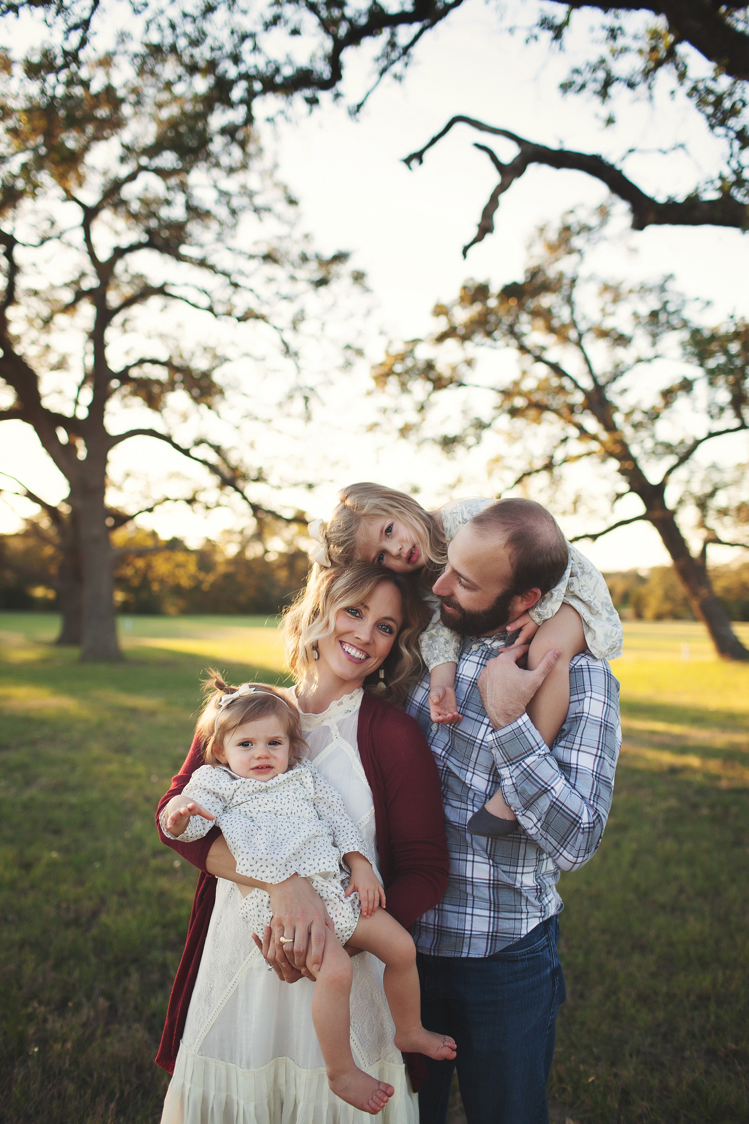 College Station Family Photographer | Rosalyn Ash Photography | www.rosalynash.com